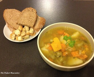 Hearty Chicken Broth & Vegetable Soup