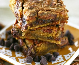 Chocolate Chip Pecan Pie Pumpkin Bars