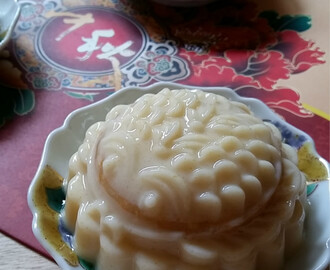 玉米燕菜月饼 Sweet Corn Jelly Mooncake