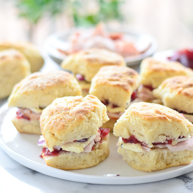 Snacktastic Sundays: Thanksgiving Sliders