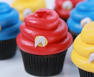 STAR TREK CUPCAKES - NERDY NUMMIES