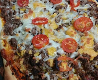 Ground Beef Pizza with Capsicum & Cherry Tomatoes