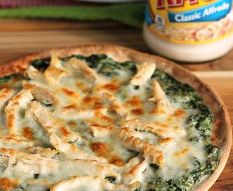 Turkey Spinach Alfredo Pizza: An Unbelievably Easy Dinner Recipe!