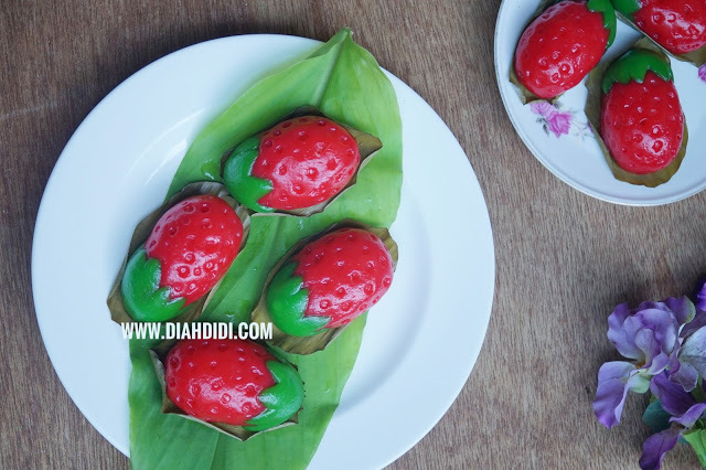 Kue Ku Kentang Bentuk Strawberry