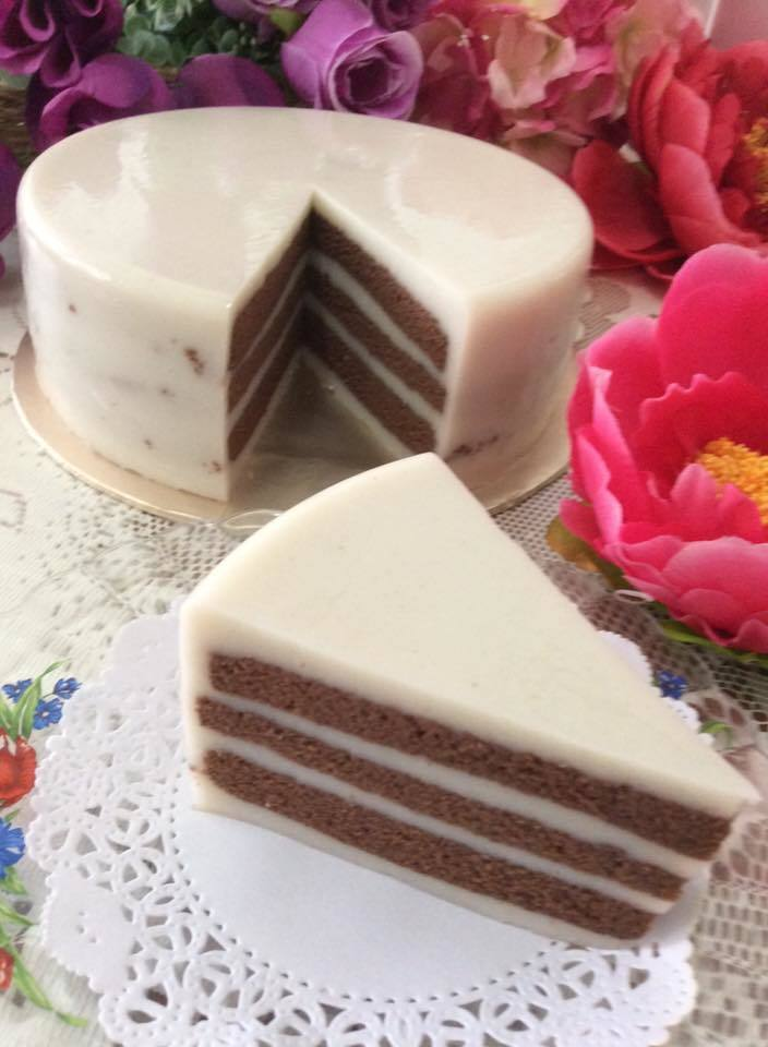 ~~ Black & White Chocolate Layer Cake  ~~   黑白朱克力千层蛋糕  ~~
