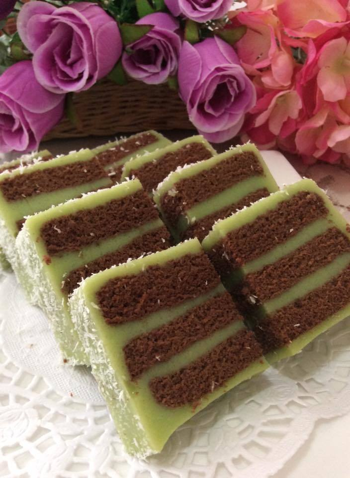 Pandan Chocolate Layer Cake  - 香兰朱克力千层蛋糕