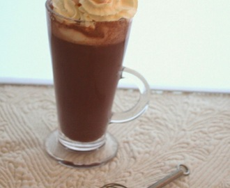 Chocolat chaud épais à l'espagnole (Thick hot chocolate Spanish way)