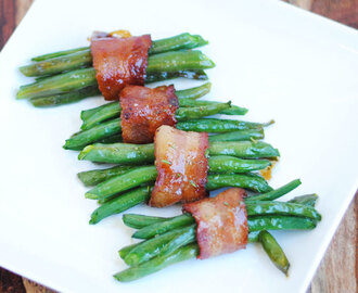 Rosemary and Maple Bacon Green Bean Bundles