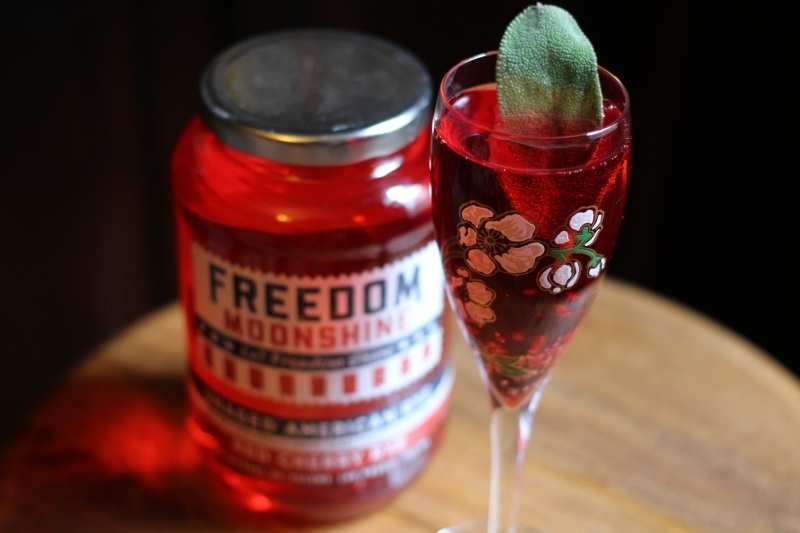 5 Freedom Moonshine Cocktail Recipes to Heat Up your Holiday Season