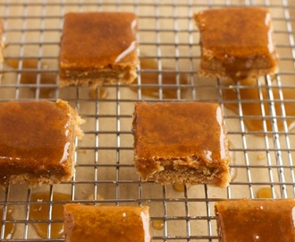 Pumpkin Pie Cheesecake Bars with Whiskey Caramel, Chocolate, and Sea Salt