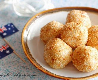 Quick and Easy 4-Ingredients Sesame Ball / Jian Dui 芝麻球/煎堆