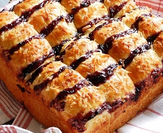 BUTTERSCOTCH BLUEBERRY FINGER BUNS