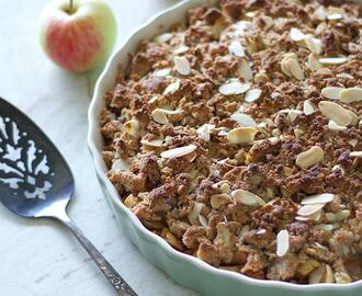 Simple Paleo, Gluten-Free, and Vegan Apple Crumble