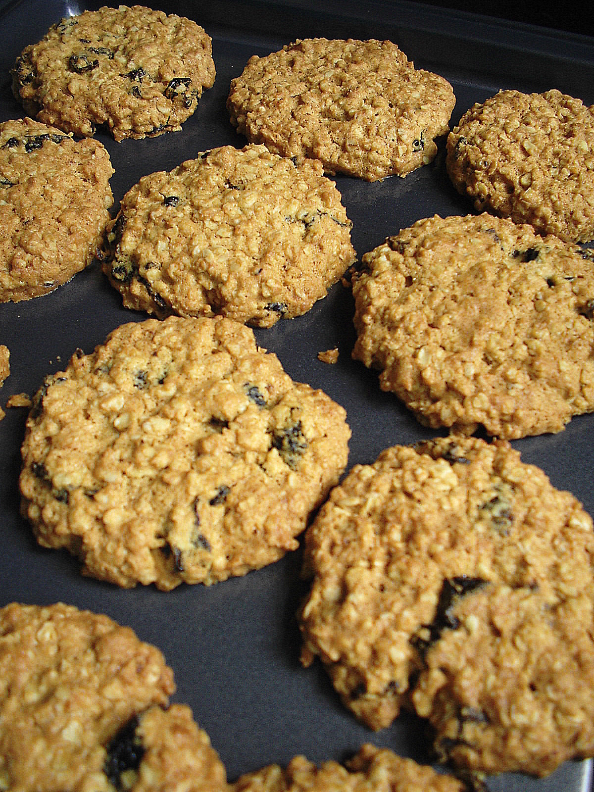 OATMEAL PRUNE COOKIES