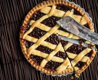 Our Favorite Recipes: Huckleberry Pie