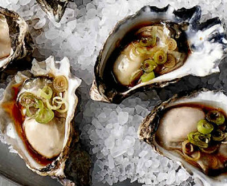 Oysters with Asian-flavoured Dressing