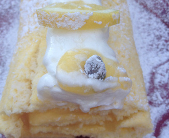 "Gateau roulé au citron ""swiss roll au lemon curd"""