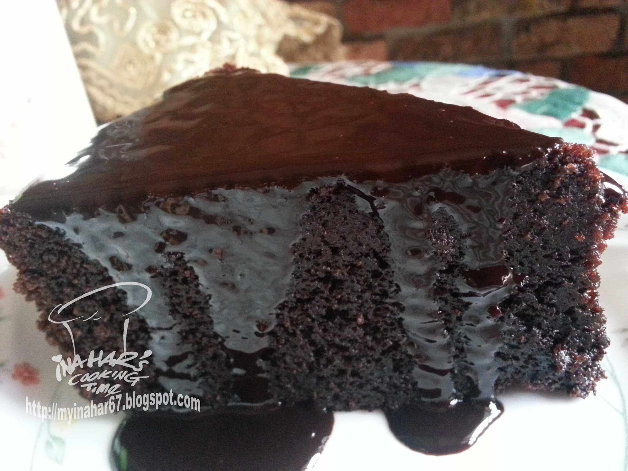CHOCOLATE CAKE..VERY THE BEST ONE!!
