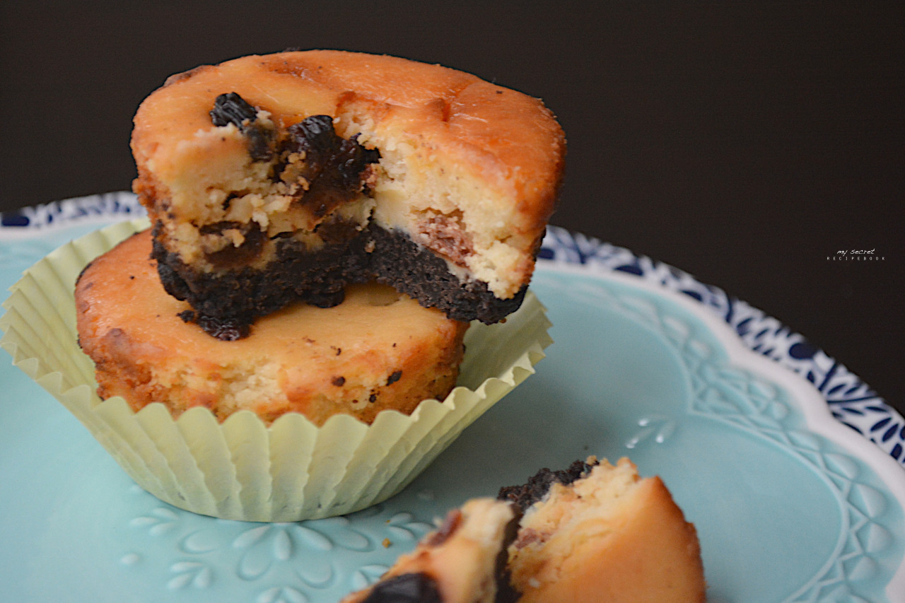 Rum & Raisin Cheesecake (Muffin-Sized)  For this recipe...
