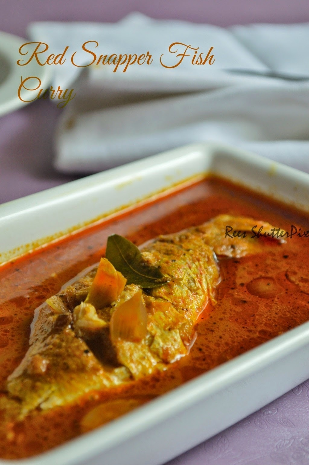 Red Snapper Fish Curry Recipe | Sankara Meen Kuzhambu Recipe