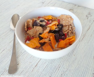 Céréales aux fruits secs (mangue, cerises et baies de goji) (Cereals with dry fruits (mango, cherries and goji berries)