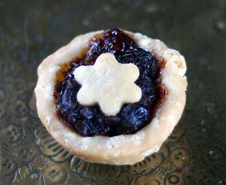 Gluten-Free Vegan Mince Meat Pie {Refined Sugar-Free}