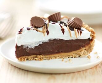 Reese's™ Peanut Butter Cup Icebox Pie