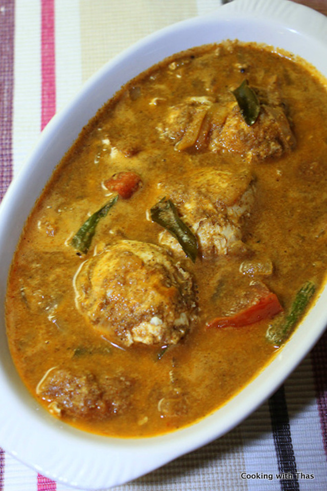 Egg curry in Roasted Coconut Gravy- Egg Curry Recipe