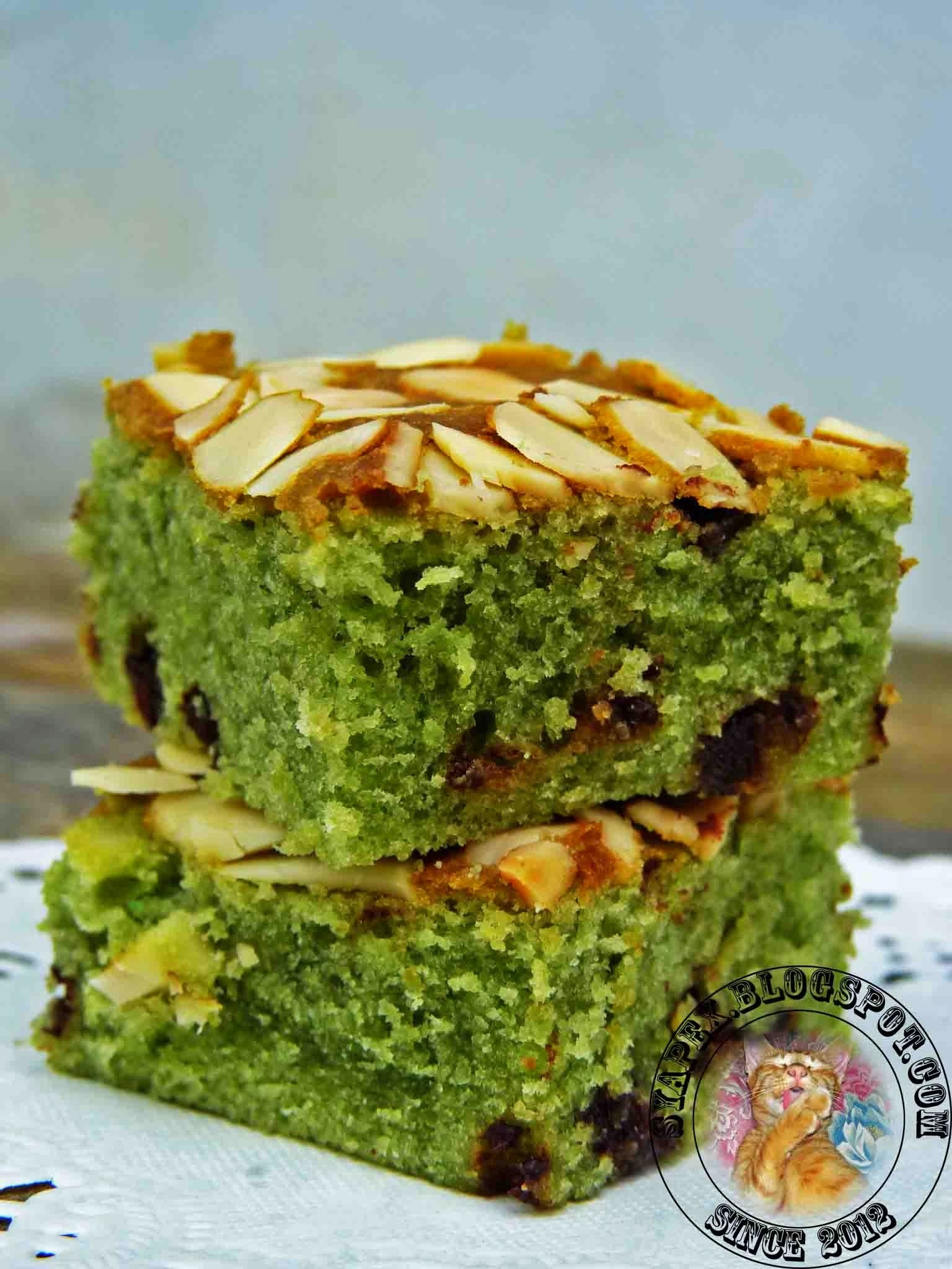 Green Tea Almond Brownies