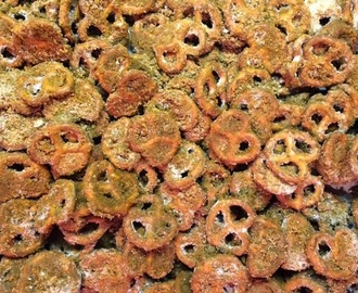 Cinnamon Sugar Mini Pretzels or Chex Cereal