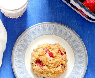 Low Fat Strawberry Yogurt Scones