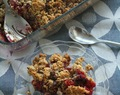 Crumble de fruits vermells i xocolata