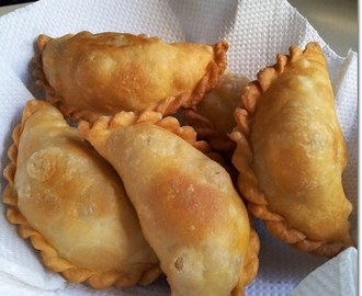 Currypuff pastry (Ros)