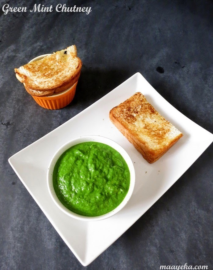 Green Chutney , Mint and Coriander Chutney
