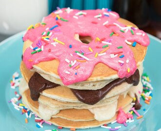 How to make Donut Pancakes (Doughnut Pancakes) from Cookies Cupcakes and Cardio