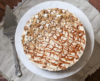 No-Bake Peanut Butter Dulce de Leche Cheesecake with Popcorn Crust