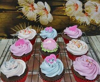 CHOCOLATE CUP CAKE SPECIAL by Ida Hafid