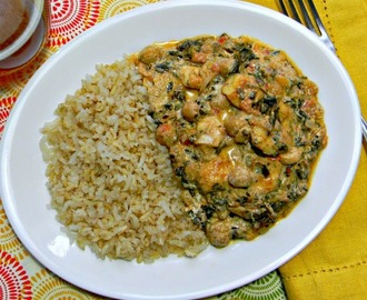 Indian Saag with Chickpeas ♥ Week One EatingWell's LoseIt! Challenge