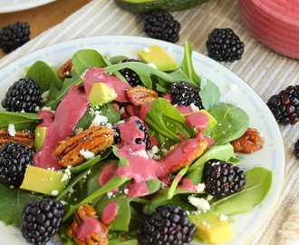 Baby Greens and Blackberry Salad with Candied Walnuts and Blackberry Vinaigrette