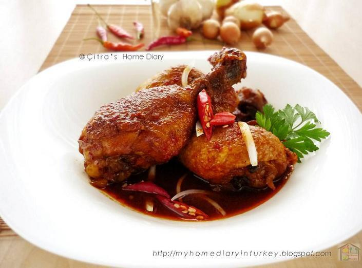AYAM MASAK KECAP / Indonesian style Chicken cooked in kecap manis (sweet soy sauce)