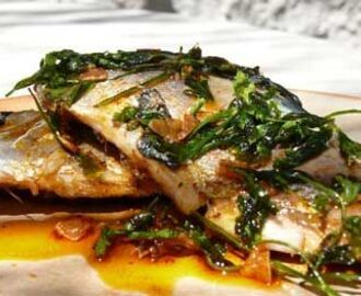 Mackerel fillets in Garlic and Paprika | Mackerel recipes, Fish recipes, Yummy seafood