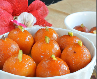 Sweet Potato Gulab Jamun - Upwas/Fasting/Vrat ka Khana