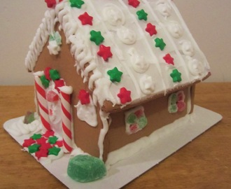 Decorate a Gingerbread House and Tree + More Cookies - Countdown to Christmas - Day 13