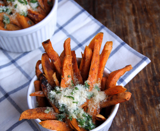 baked garlic and parmesan sweet potato fries