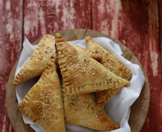 TUNA TURNOVER, QUICK&EASY FLAKY PASTRY
