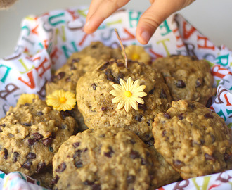 No Butter Zucchini Oatmeal Chocolate Chip Cookies
