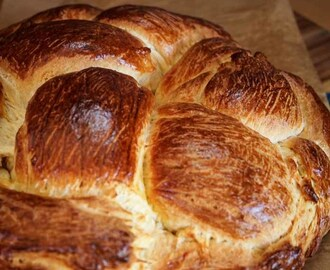 Hungarian Egg Twist – #BreadBakers