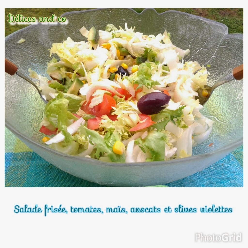 SALADE VARIEE : FRISEE, TOMATES, AVOCATS, MAIS ET OLIVES VIOLETTES