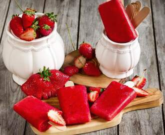 Popsicles With Strawberries • Sugar Free And Vegan Friendly