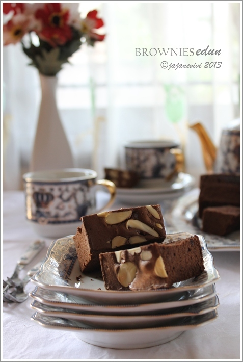 "BROWNIES ""EDUN"""